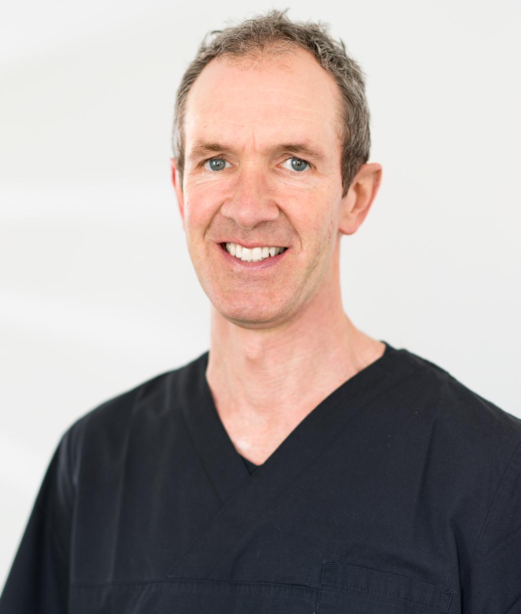 Dr. med. dent. Oliver Adolphs MSc Zahnarzt
